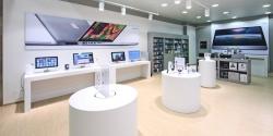 Продажи Apple упали впервые за 13 лет