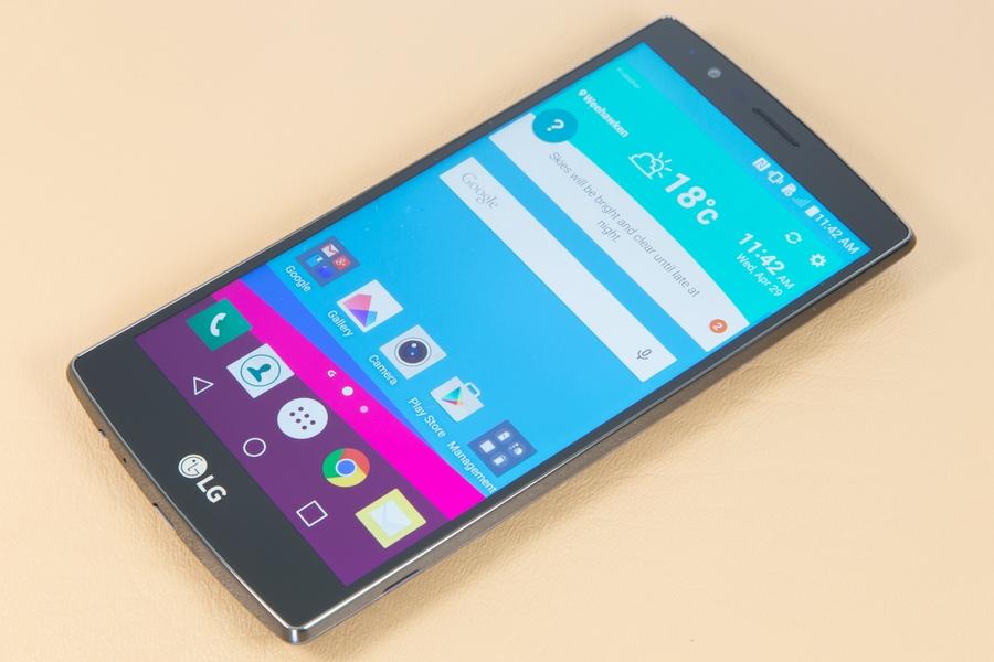 LG G4 дисплей
